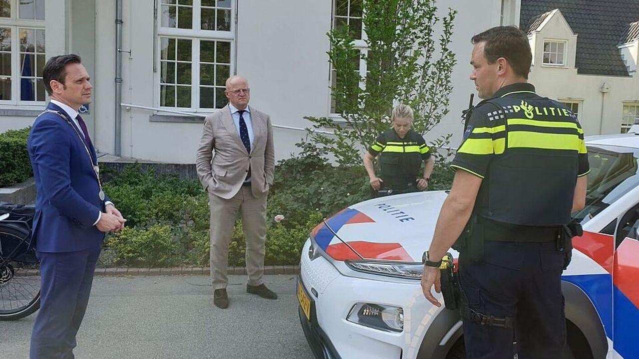 Werkbezoek demissionair minister aan politie De Bilt
